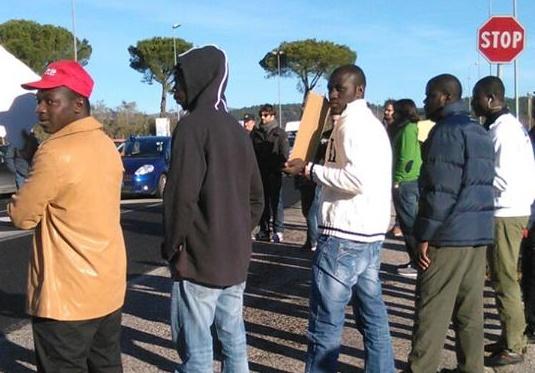 Protesta profughi Monteroduni 4