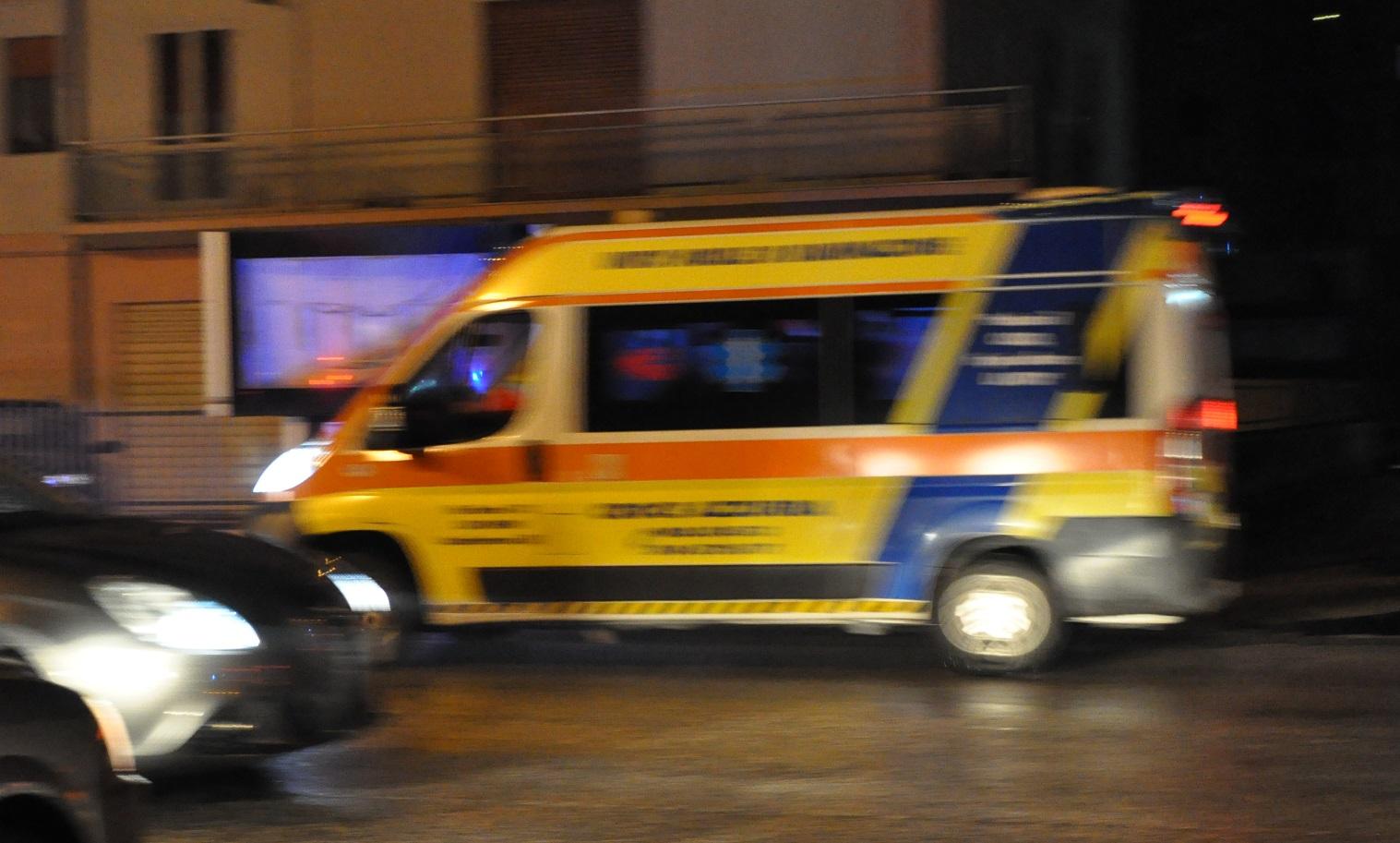 ambulanza croce azzurra venafro