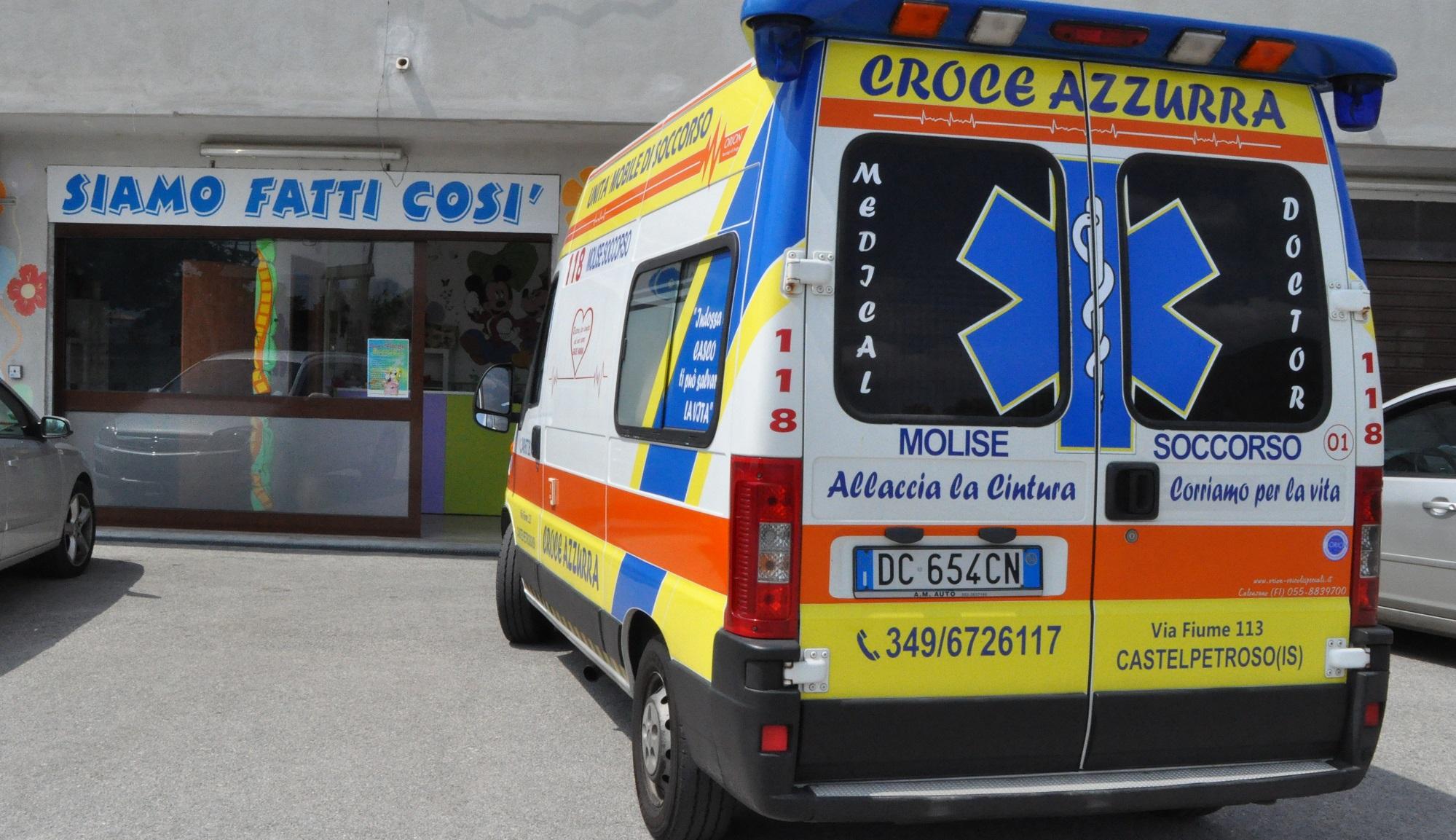 ambulanza croce azzurra ludoteca