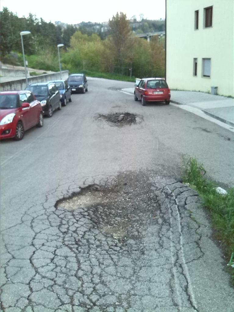 strada dissestata cb