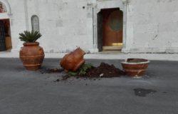 anfore vandali San Nicandro
