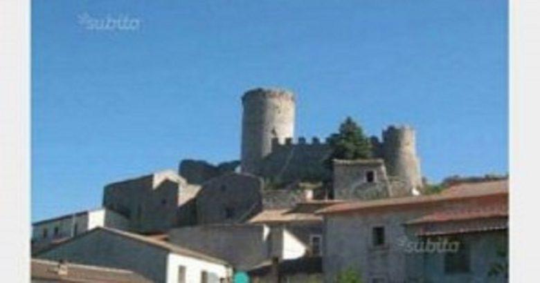 castello roccapipirozzi vendita