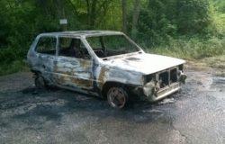 auto in fiamme filignano