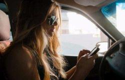 cellulare al volante