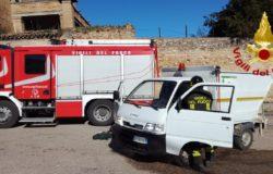 incendio automezzo nettezza urbana portocannone