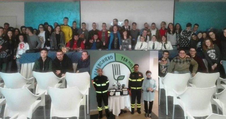 I Vigili del Fuoco incontrano gli studenti dell'Istituto Alberghiero