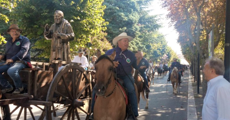 Pellegrinaggio a cavallo, i cavalieri del Tratturo dal Molise fino a San Giovanni Rotondo