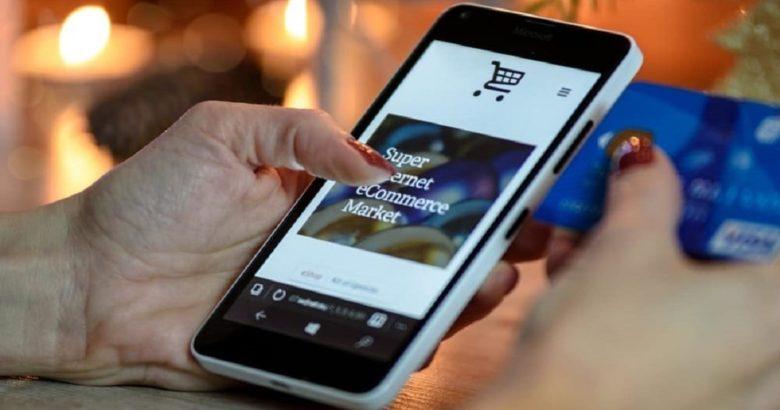 due truffatori piattaforma on-line vendita smartphone