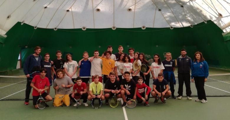 Corso di tennis all'Istituto Alfano Liceo sportivo