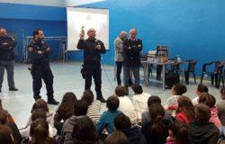poliza di stato incontra le scuole medie