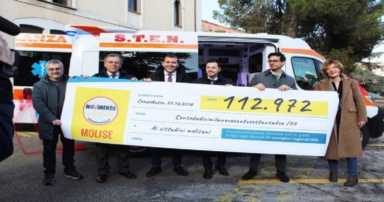 TAGLI ALLA POLITICA - I risparmi dei Cinque stelle donano un'ambulanza per neonati all'Asrem