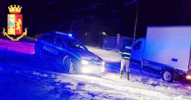 Ancora neve in Alto Molise, disagi per gli automobilisti. Polizia stradale, oltre 500 interventi