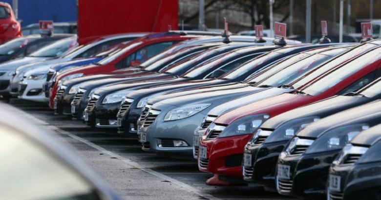 Auto comprate all'estero e rivendute evadendo il fisco, 48 persone indagate e 6 misure cautelari