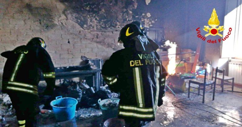 Bonefro Appartamento in fiamme, anche un bambino tra le persone intossicate