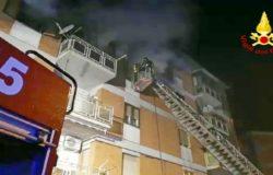 Campobasso, Notte di paura, tragedia sfiorata in un appartamento in fiamme. Salvate 4 persone e un cagnolino