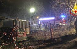 CRONACA - Paura e danni per un incendio, brucia una baracca e un conitainer