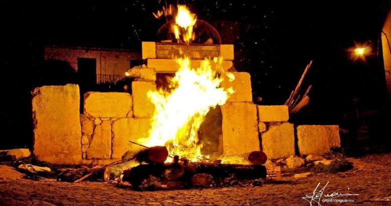 VENAFRO - Falò di San Giuseppe, La Notte dei Fuochi strizza l'occhio al marketing territoriale