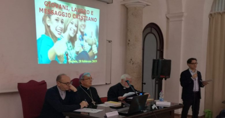 """CONVEGNO - Giovani, lavoro e messaggio cristiano, direttore Cei """"Il lavoro giovanile è una questione drammatica, soprattutto al Sud"""""""
