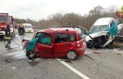 CRONACA - Drammarico incidente stradale, 4 morti e un ferito