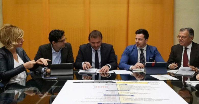 REGIONE - La contromanovra del M5S punta sugli sprechi della politica, riduzioni di costi e indennità