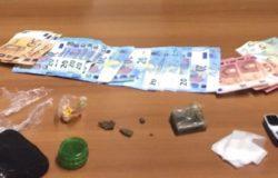 Detenzione di droga ai fini di spaccio, denunciato 18enne