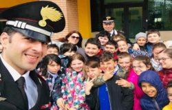 """CARABINIERI - """"Cultura della legalità"""", una mattinata insieme agli """"amici con la divisa"""" per 50 bambini"""