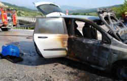CRONACA - A fuoco un'auto alimentata a gas, illeso il conducente