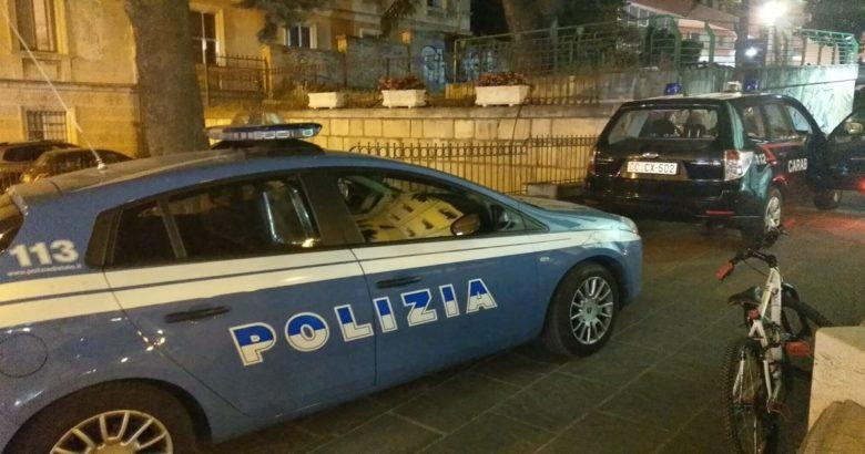 CAMPOBASSO – Controlli congiunti Carabinieri e Polizia.Nella serata di ieri, Carabinieri e Polizia hanno effettuato numerosi controlli di persone e mezzi nel Capoluogo.