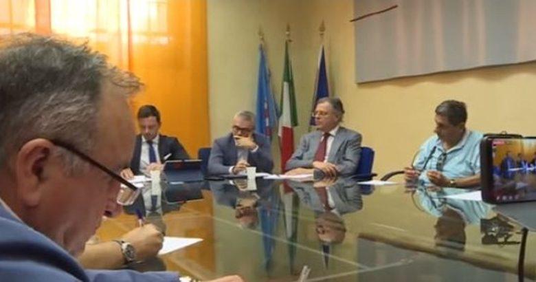 DISSERVIZI TRENITALIA - La Regione Molise ha un debito di circa 24 milioni di euro. I Cinque stelle suggeriscono di cambiare gestore