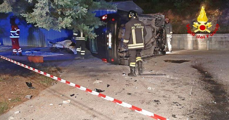 Si ribalta con la propria auto a pochi metri dall'ospedale, muore 44enne