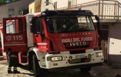 Incendio in un'abitazione, Vigili del Fuoco in azione