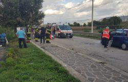 VENAFRO scontro all'incrocio di via Maria Pia, auto finisce nel Rava
