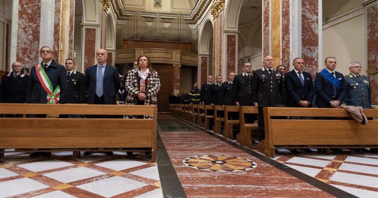 """ISERNIA - I carabinieri celebrano la """"Virgo fidelis"""", patrona dell'arma"""