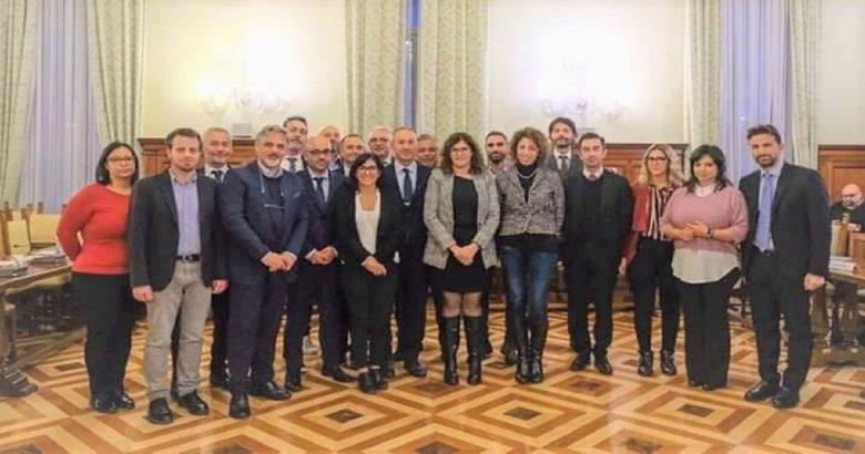 SINDACI - Assunzioni e organico nei Comuni, Gravina a Roma dal ministro Dadone
