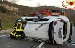 Toro, Incidente stradale, ferito in ospedale, auto ribaltata