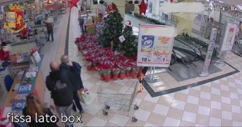 ISERNIA - Rubano prodotti al centro commerciale, denunciati due uomini e due donne mamma e figlia