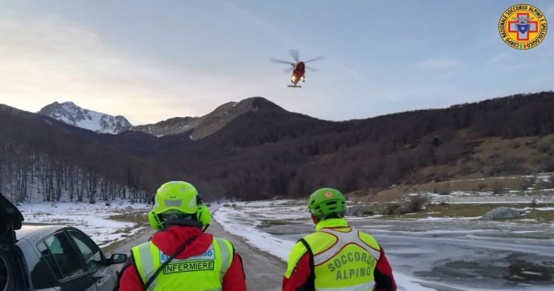 CRONACA - Bloccati in montagna dal ghiaccio, escursionisti salvatiin elicottero dal soccorso alpino
