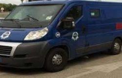RAPINA - Assalto armato a furgone portavalori, fallito malviventi in fuga