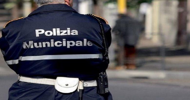 CAMPOBASSO - Niente pistole ai vigili ma radio portatili, nuova delibera comunale