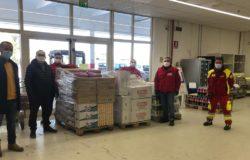 EMERGENZA COVID - Pasqua all'insegna della solidarietà MD e Multicash donano generi alimentari di ogni genere