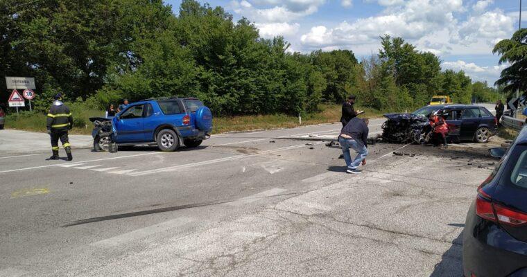 CRONACA - Incidente sulla statale 17 due auto coinvolte