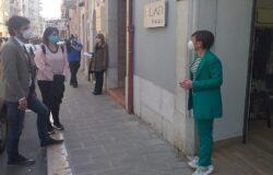 RIPRESA, sindaco Gravina, negozi locali