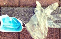 Guanti e mascherine abbandonate sulle strade,