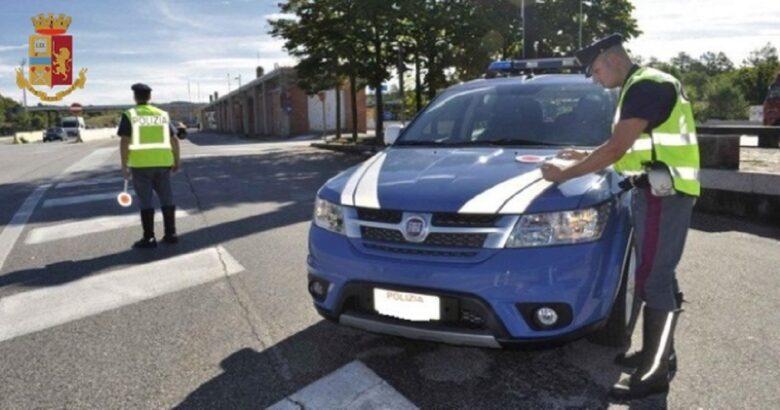 Sequestro auto polizia