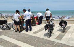 Polizia locale, controlli sulle spiagge, sequestrata, merce contraffatta