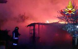 Incendio, fiamme, baracca