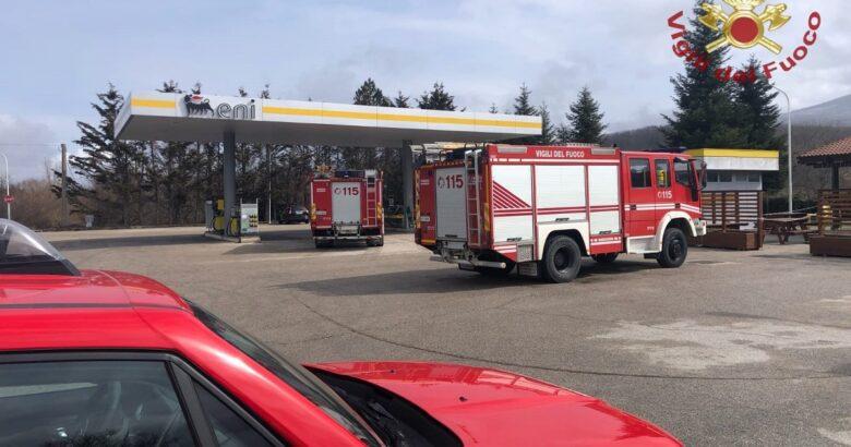 Fuga di gas, distributore, carburanti, pericolo, esplosione