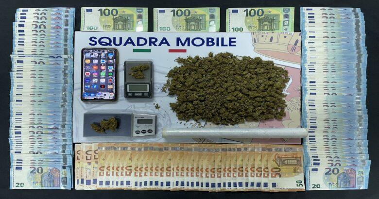 Blitz, irruzione, Squadra Mobile, droga